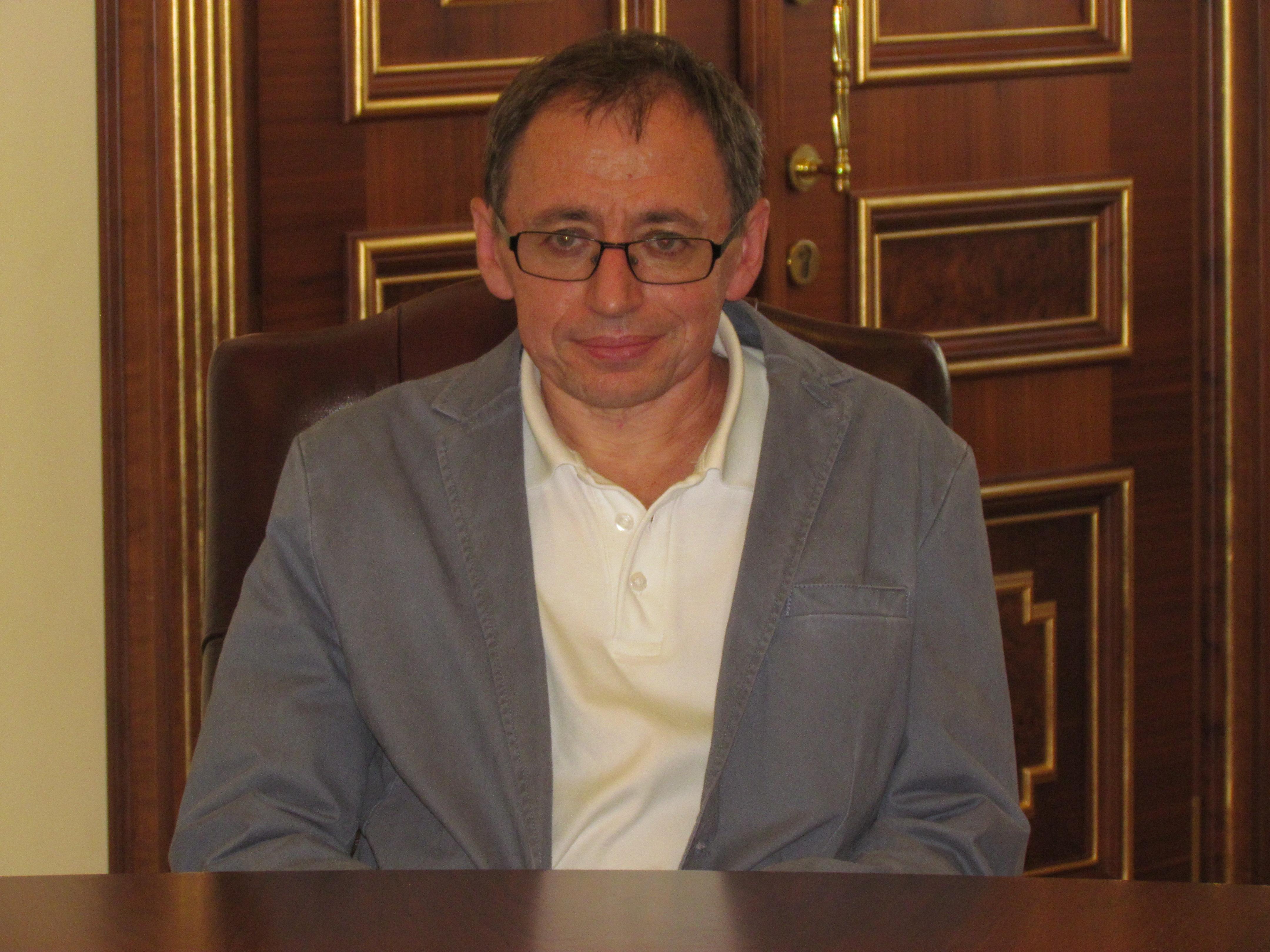 Член кореспондент акдемии наук